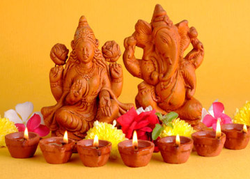 Why Ganesha and Laxmi are worshipped together
