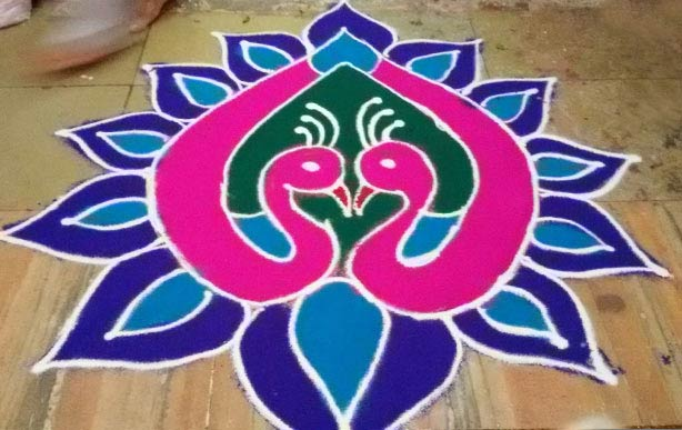 Peacock Rangoli Design - Simple & Beautiful Peacock ...